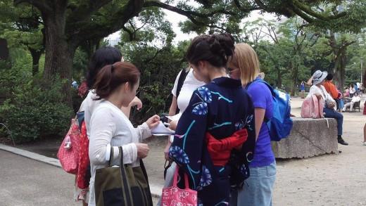 大阪城で集客中